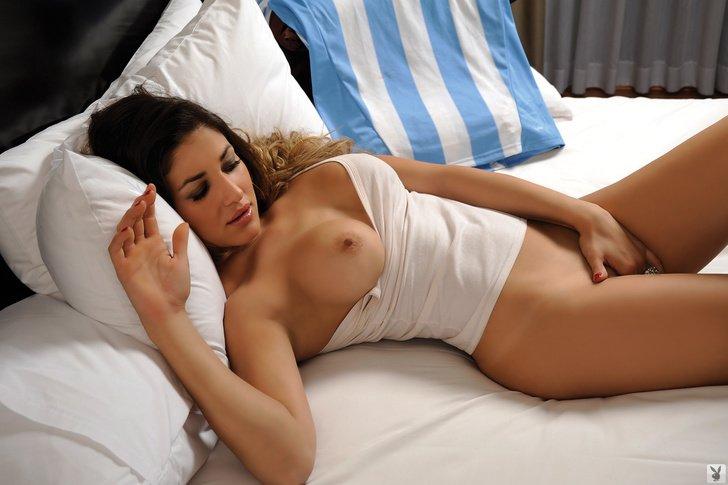 Romina Cisneros Porn Photo