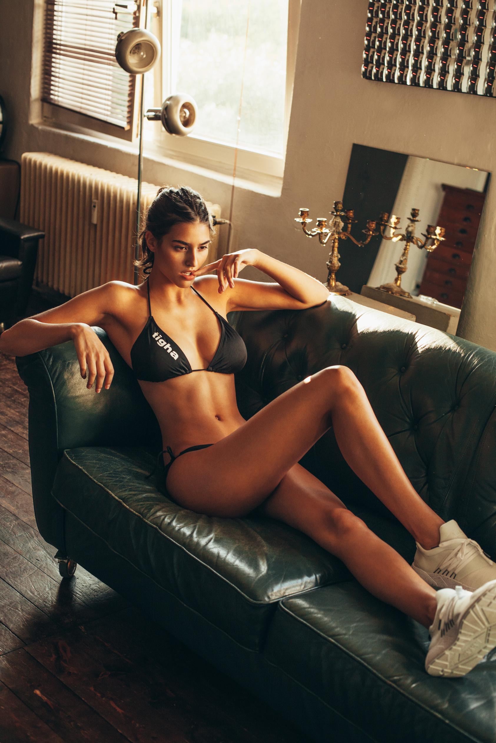 Nackt julia frauenrath Catalog Cuties: