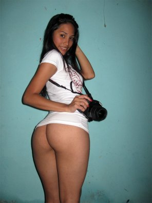 amateur photo Ass and camera