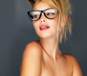 amateur photo Beautiful blonde fashion model