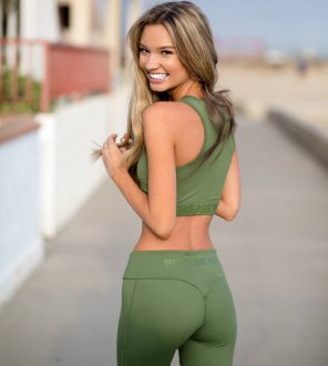 amateur photo Alexa Collins in Green Workout Gear