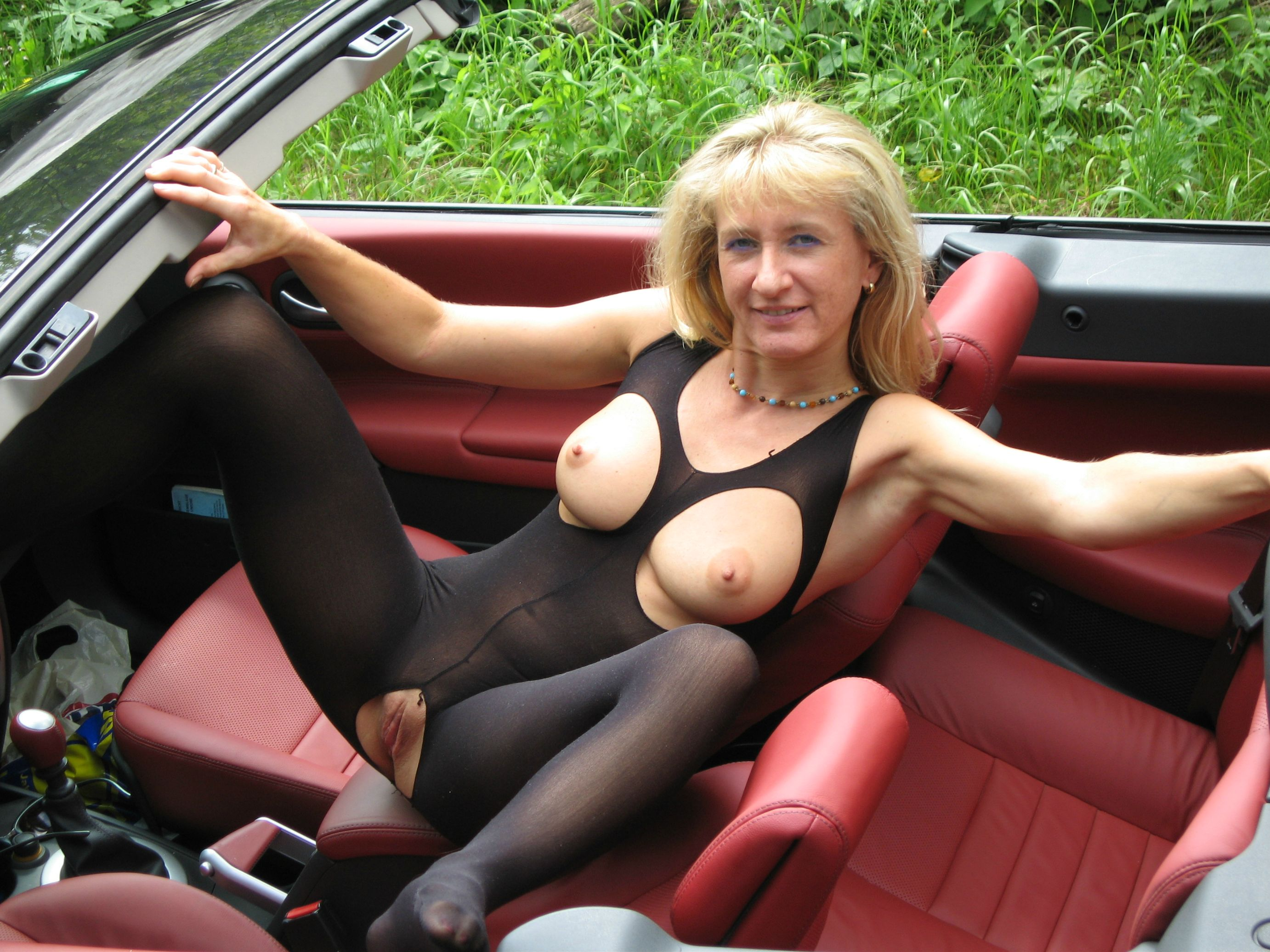 Milf in Bodystockings Porn Photo - EPORNER