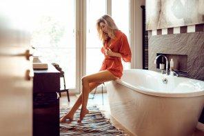 amateur photo Thinking about a bath