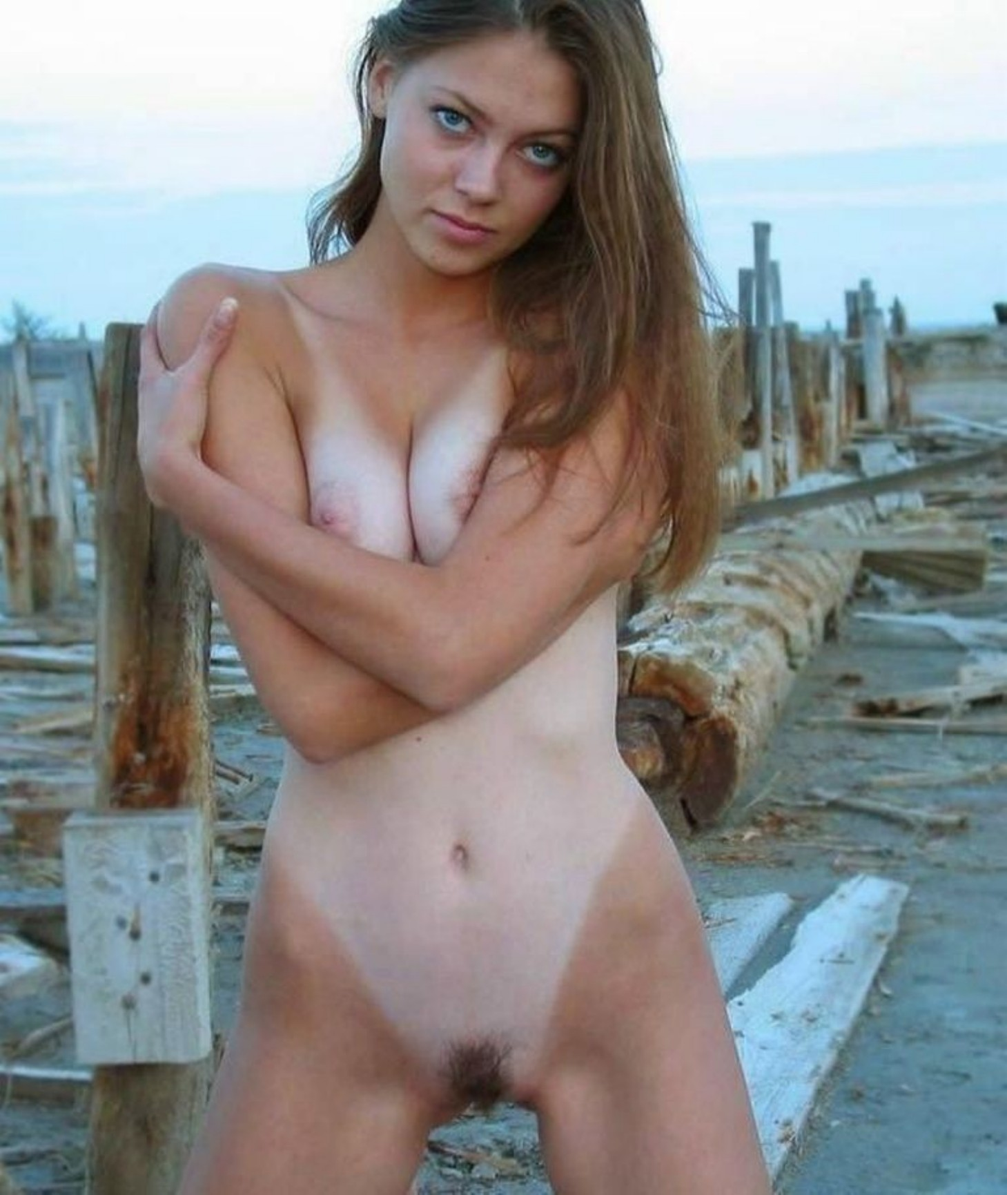 Beautiful nude house wifes