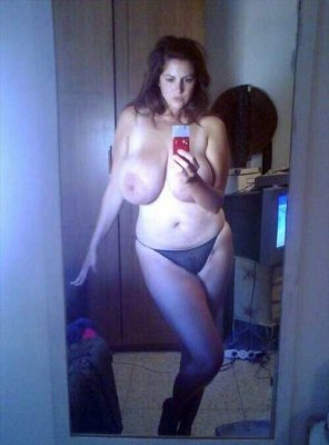 amateur photo Thick and hot