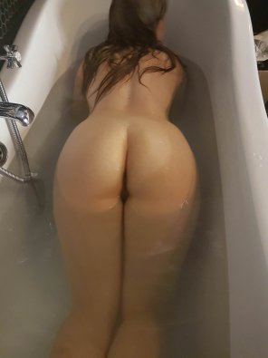 amateur photo PictureIn the bath