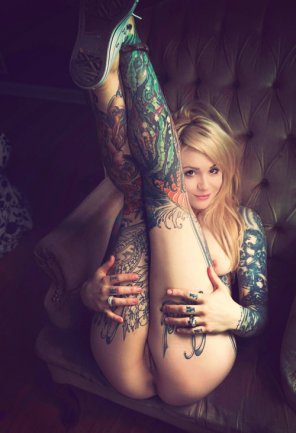 amateur photo Love her ink.