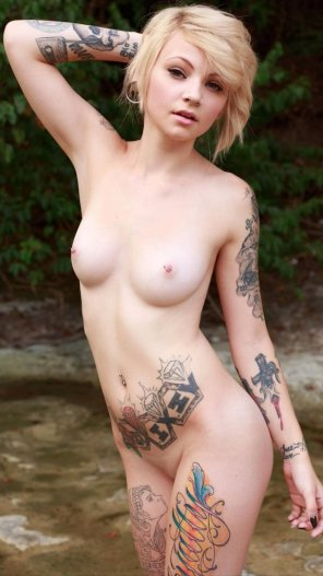 amateur photo Tattooed and Pierced