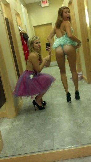 amateur photo Dressing room fun