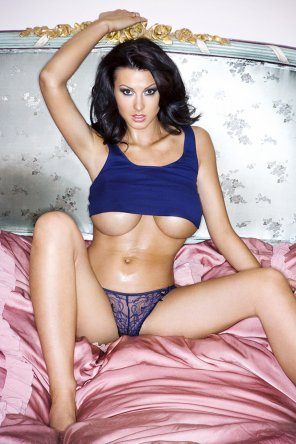 amateur photo Alice Goodwin.