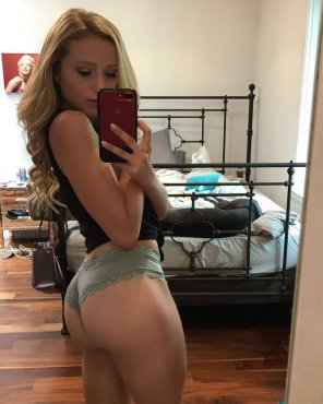 amateur photo Blonde has a big booty