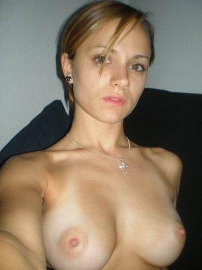 amateur photo Topless selfie