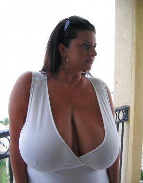 amateur photo Maria Moore braless in a white top