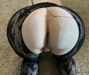 amateur photo Ripped my stockings and came on my ass [f]