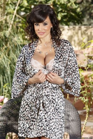 amateur photo Lisa Ann in the garden