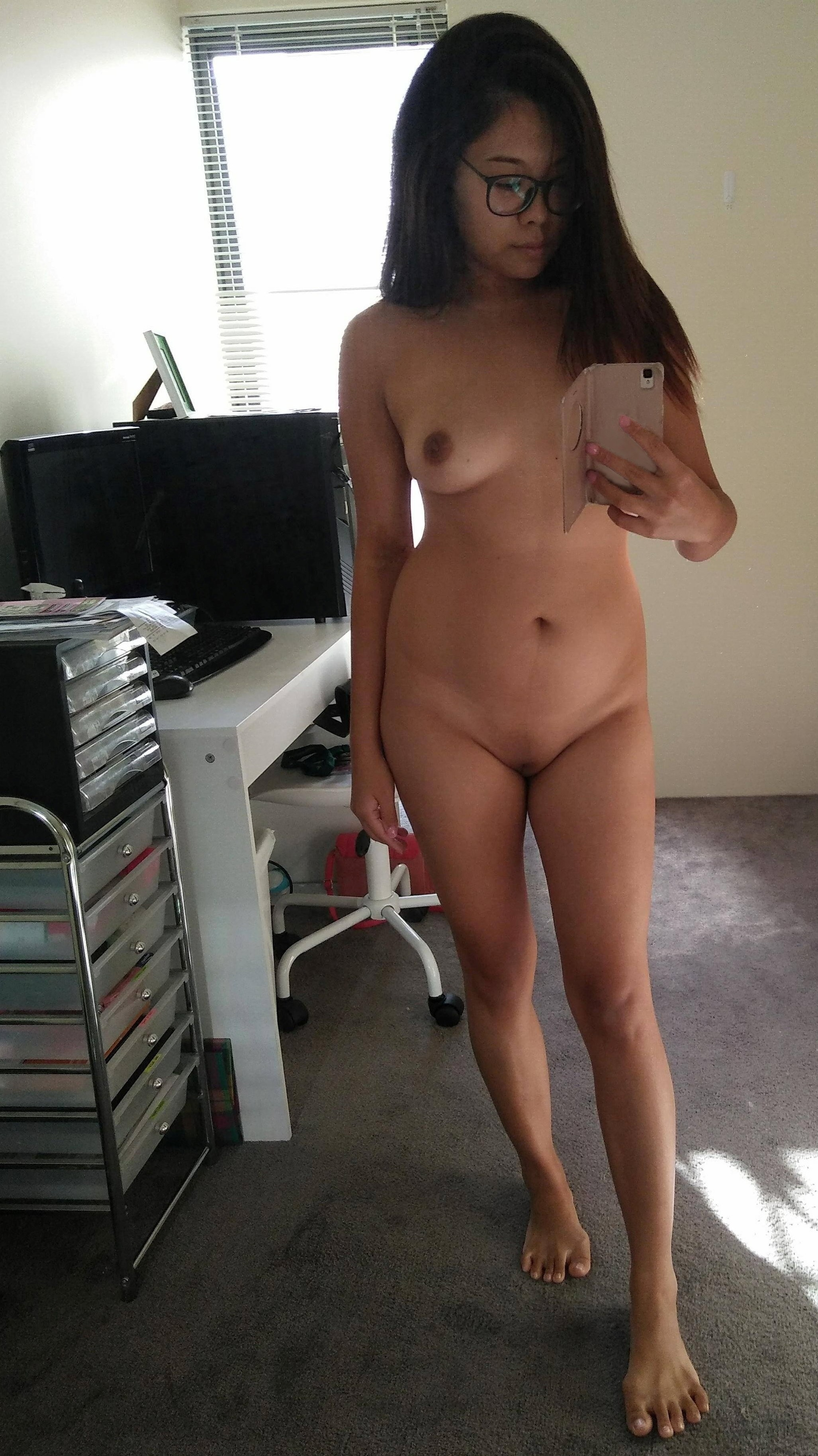 amature nude asian Free