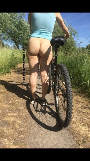 amateur photo Mountain biking is best while bottomless!