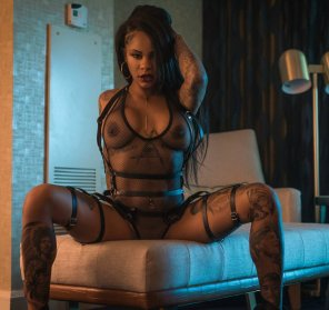 amateur photo Shawna Naysia