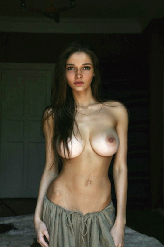 Collection Busty Skinny Girl Pictures - Amateur Adult Gallery