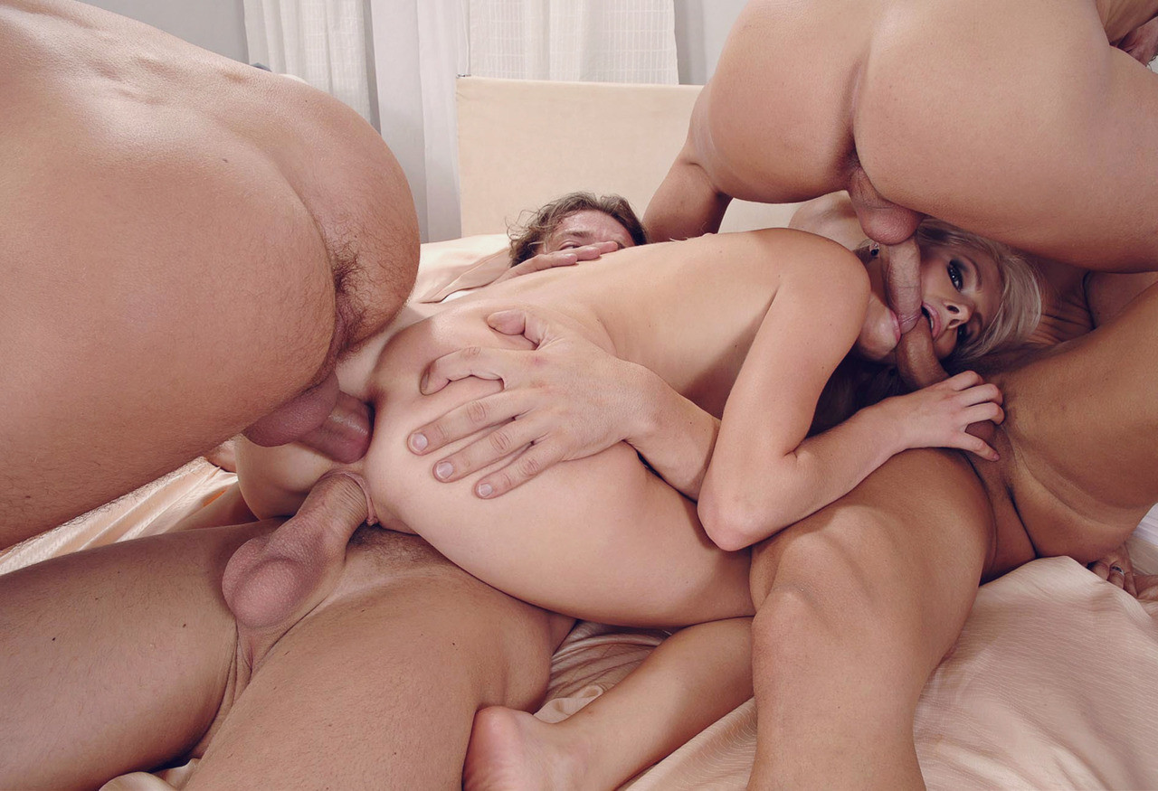 Renaissance lesbo porn videos