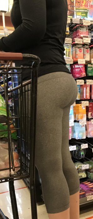 amateur photo in line at grocery