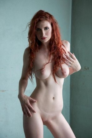 amateur photo Gorgeous Pale Redhead