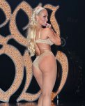 amateur photo Coco Austin in fishnets