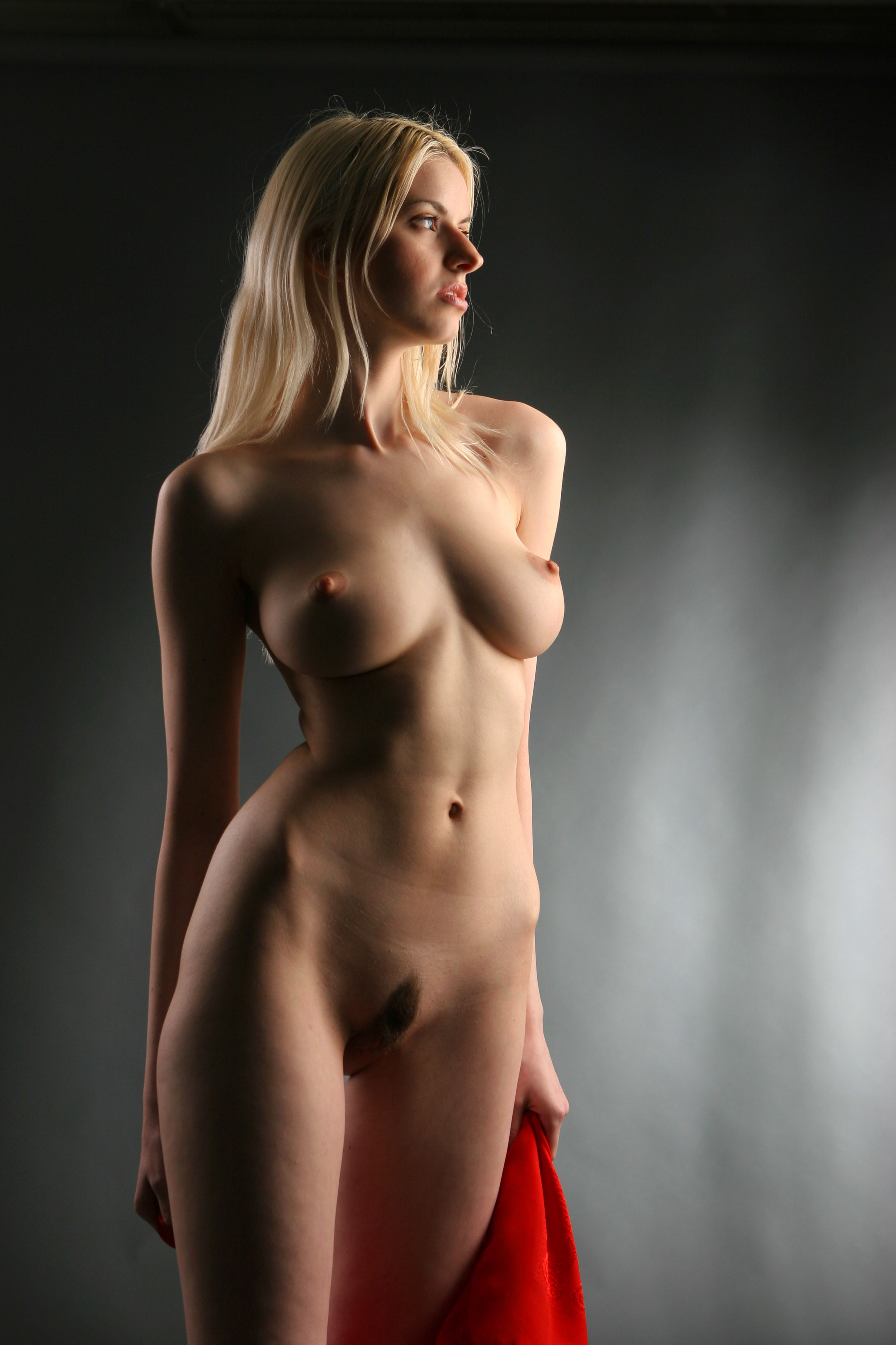 Nude girls shave pussy