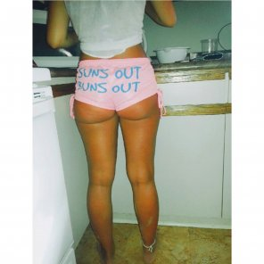 amateur photo Suns out Buns Out