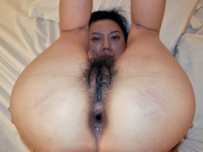 amateur photo Open Asian woman