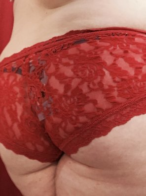 amateur photo Red lace on pale skin