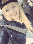 amateur photo Melissa May car selfie