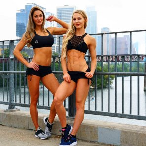 amateur photo Rachel Scheer and Jena Mays