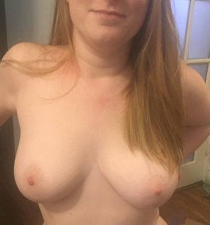amateur photo Ginger tits [f]