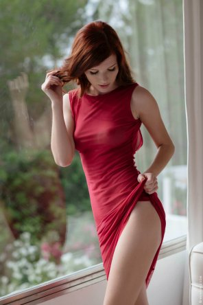 amateur photo Tiny red dress