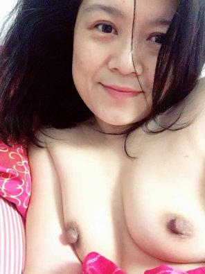 amateur photo married Asian MILF