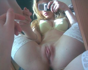 amateur photo Spreading For The Mirror