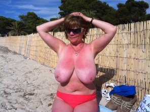 amateur photo Massive beach bombs