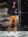 amateur photo Golden Brown Thighs