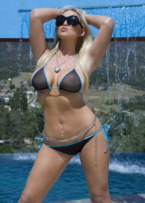 amateur photo Transparent bikini