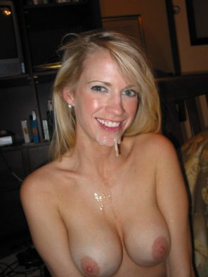 amateur photo Covered milf