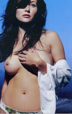 amateur photo Shannen Doherty.