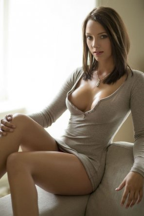 amateur photo Beautiful brunette