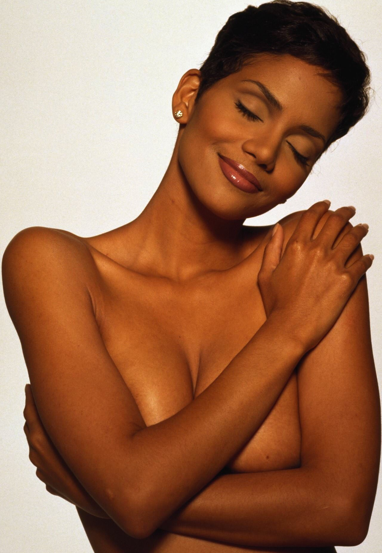Halle Berry Porn Photo
