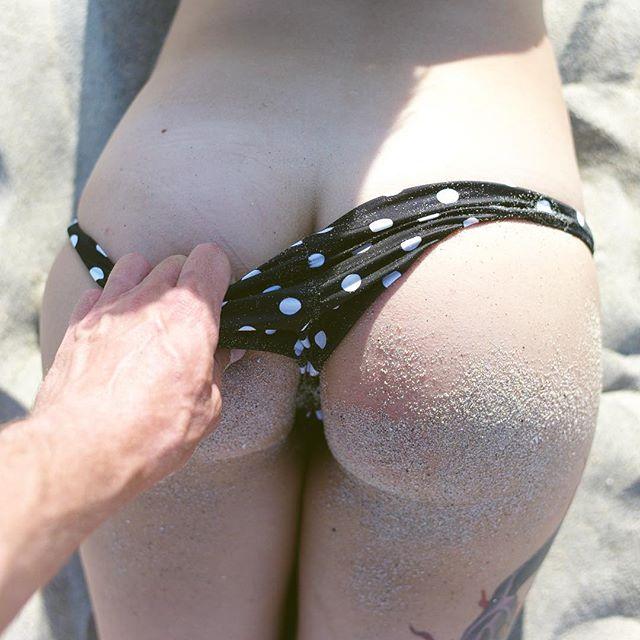 sara x nude