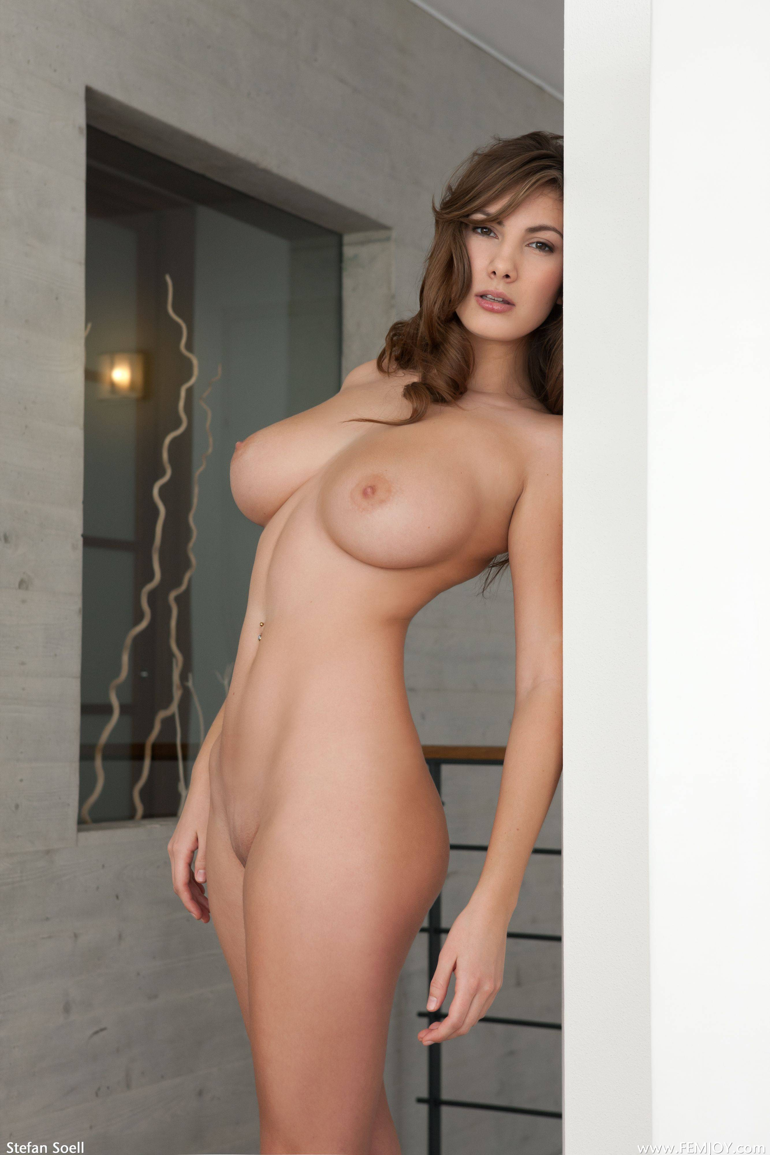 Brunette porn pictures