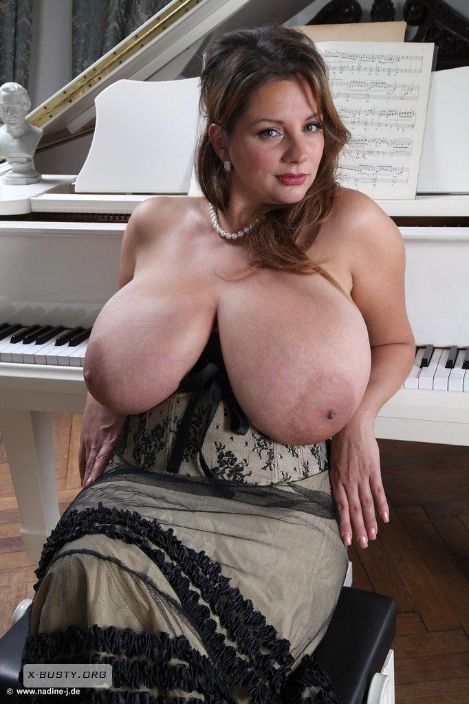 Nadine jansen busty but not
