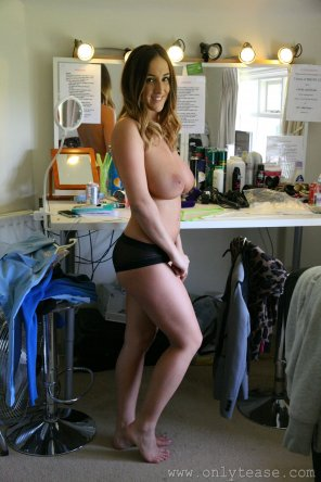 amateur photo Stacey Poole behind the scenes