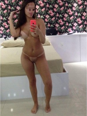 amateur photo Brazilian escort