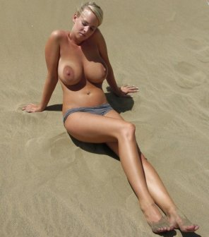 amateur photo Gold-N-Sand